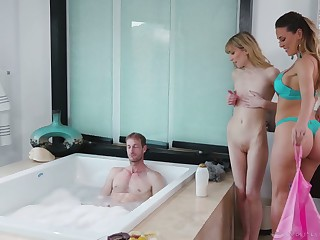 Twosome gorgeous masseuses are fucking one luring alms-man fro big dig up